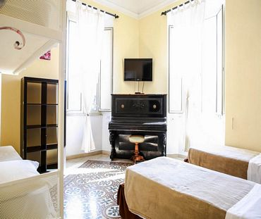 C Luxury Palace & Hostel Rome